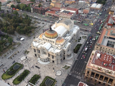 View from Café de la Grand Ciudad over Palacio de Bellas Artes