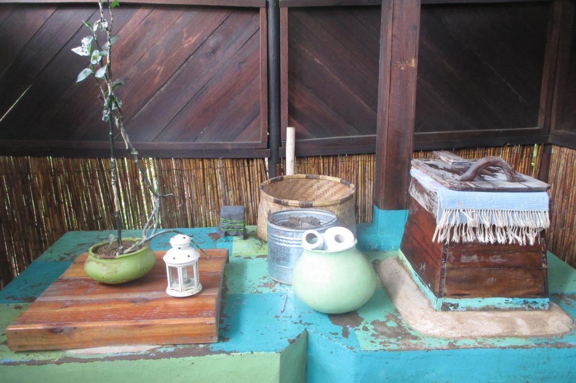 Mushroom toilet